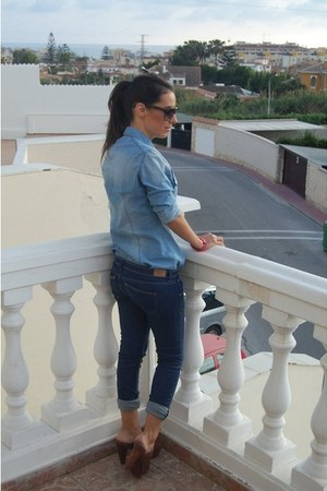denim shirt blouse - denim jeans jeans - sunglasses - leather heels