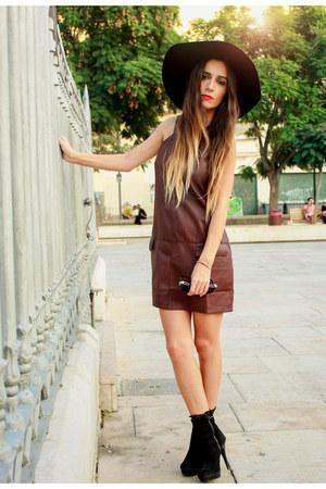 brick red pull&bear dress