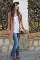 bronze H&M coat - blue pull&bear jeans - crimson vintage hat
