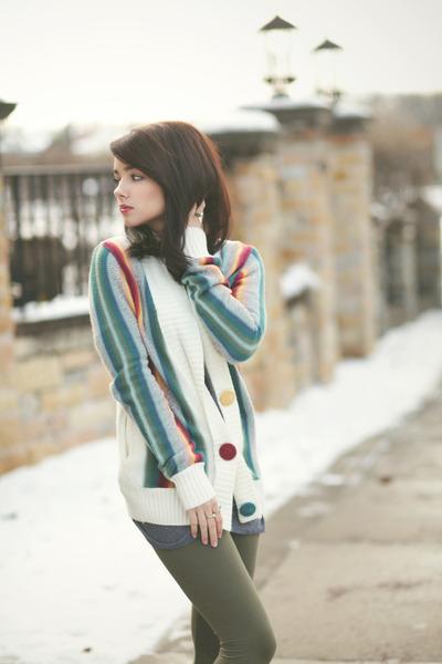 hunter green H&M leggings - gray H&M dress - Forever 21 sweater