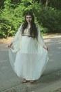 Eggshell-lace-top-maxi-skirt-kimono-top