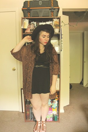 dark brown wide brim Secondhand hat - black skater thrifted dress