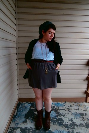 black thrifted cardigan - dark brown Heavenly Couture boots