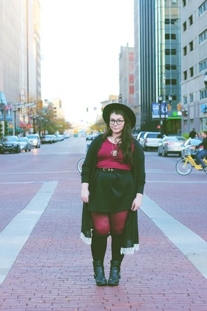 black Forever 21 hat - brick red tights merona tights