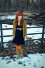 Tan-target-boots-black-target-dress-mustard-modcloth-tights