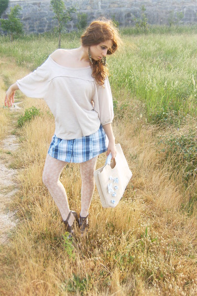beige Sfera shirt - blue Stradivarius top - beige Calzedonia tights - beige DIY