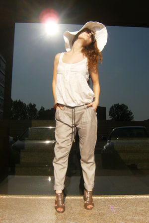 beige BLANCO pants - brown Sfera shoes - white H&M hat - brown Vogue sunglasses