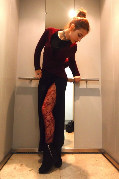 brick red Primark tights - black DIY skirt