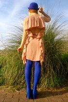 blue Nelly wedges - peach Sugarlips dress