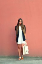 cream Zara dress