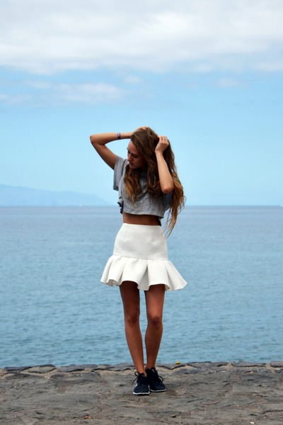 white asos skirt - black nike sneakers