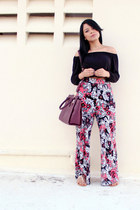 maroon floral print H&M pants - black H&M top