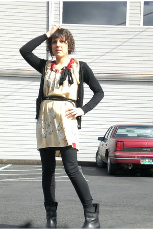 black Dorothy Lee cardigan - Corey Lynn Calter dress - Modern Vintage boots