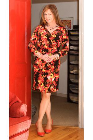 papaya dress - red heels