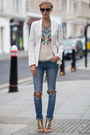 Ripped-jeans-folklore-top