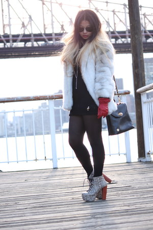 ivory vintage faux fur coat - black thrifted vintage bag