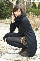 leopard print romwe dress - ugg AUKOALA boots