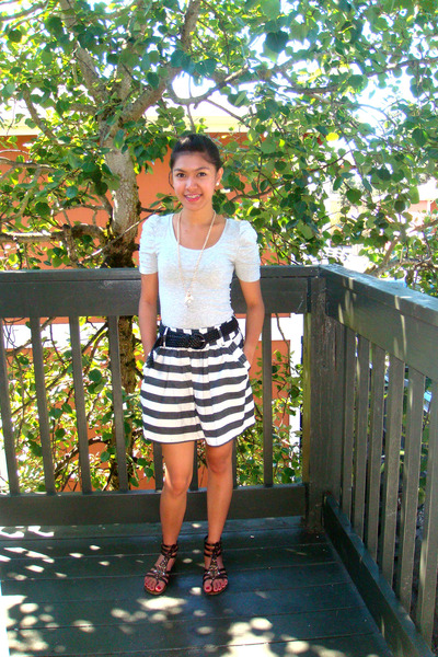 gray H&M blouse - gray Forever 21 skirt - brown shoes