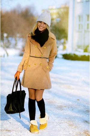 mustard Cozbest coat