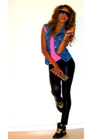 hot pink new look shirt - black Nike Jordan sneakers