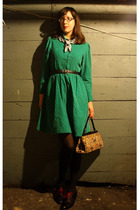 green thrifted vintage dress - brown thrifted vintage purse - black thrifted vin
