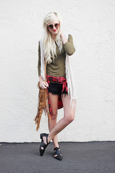 Choies boots - Sheinside shirt - linea pelle bag