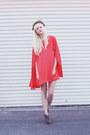 Red-dress-dark-gray-dolce-vita-heels