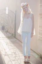 off white Anthropologie top - sky blue 7 for all mankind pants