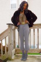 vintage jacket - Zara shirt - Gap pants - thrifted belt - restricted shoes