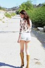 Mustard-vintage-verde-boots-light-blue-cut-offs-j-brand-shorts