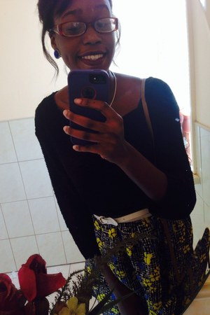 black H&M sweatshirt - black Sheinside skirt