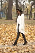 Kitten boots - Vero Moda jeans - Lucluc hat - Sheinside shirt