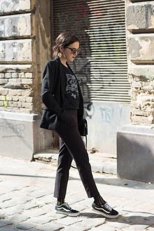 H&M socks - sammydress bag - romwe sunglasses - H&M suit - Vans sneakers