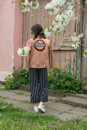 H&M bag - VIPshop jacket - H&M sunglasses - H&M pants - Zoe Karssen t-shirt