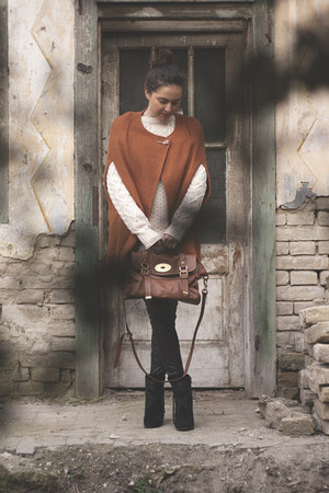 Vince Camuto boots - Atmosphere sweater - Bershka leggings - Mulberry bag
