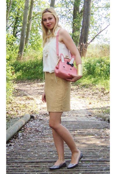 bubble gum Xiao Xiang bag - gold H&M skirt - off white Zara top