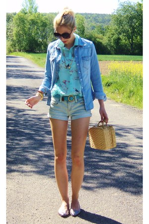 blue Forever21 shorts - gold Urban Outfitters shoes - blue H&amp;M blouse