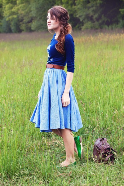UO skirt - UO shoes - Forever21 sweater - Forever21 belt