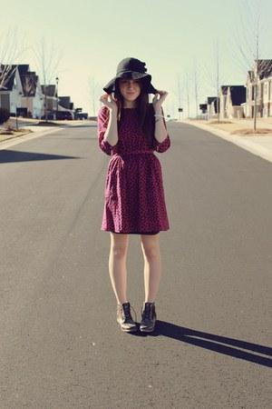 f21 hat - f21 boots - f21 dress