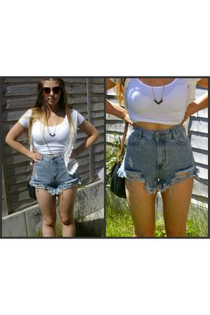 white crop top new look top - light blue denim shorts OASAP shorts