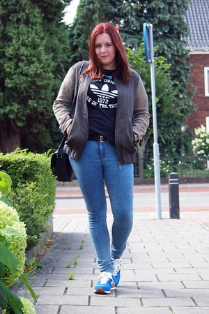 Primark jeans - Zara jacket - Primark bag - New Balance sneakers
