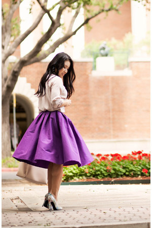 purple midi Chicwish skirt - beige everlane shirt