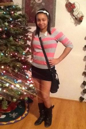silver Forever 21 necklace - black boots - black Forever 21 skirt
