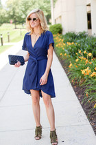 navy Make Me Chic dress - navy Chanel bag - army green Aldo heels