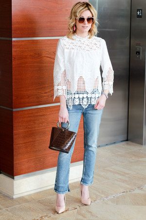 white Make Me Chic top - light blue Silver Jeans jeans