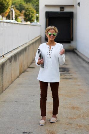 camel Freyrs Sunglasses sunglasses - white Forever 21 shirt