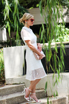 red ray-ban sunglasses - white Make Me Chic dress - camel Halogen bag