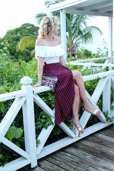 brick red Make Me Chic skirt - navy Simone Camille bag