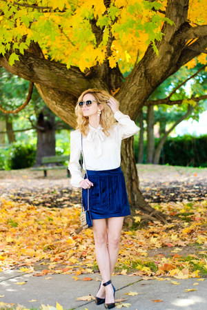 navy Sheinside skirt - navy Chanel bag - tan Sheinside blouse - navy coach heels