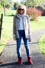 Brick-red-ugg-australia-boots-blue-current-elliot-jeans